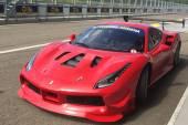 Ferrari all'Autodromo di Modena